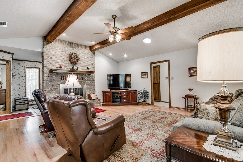 Georgetown TX Home On A Half Acre